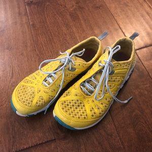 Merrell Barefoot Crush Glove Cross Training Shoes